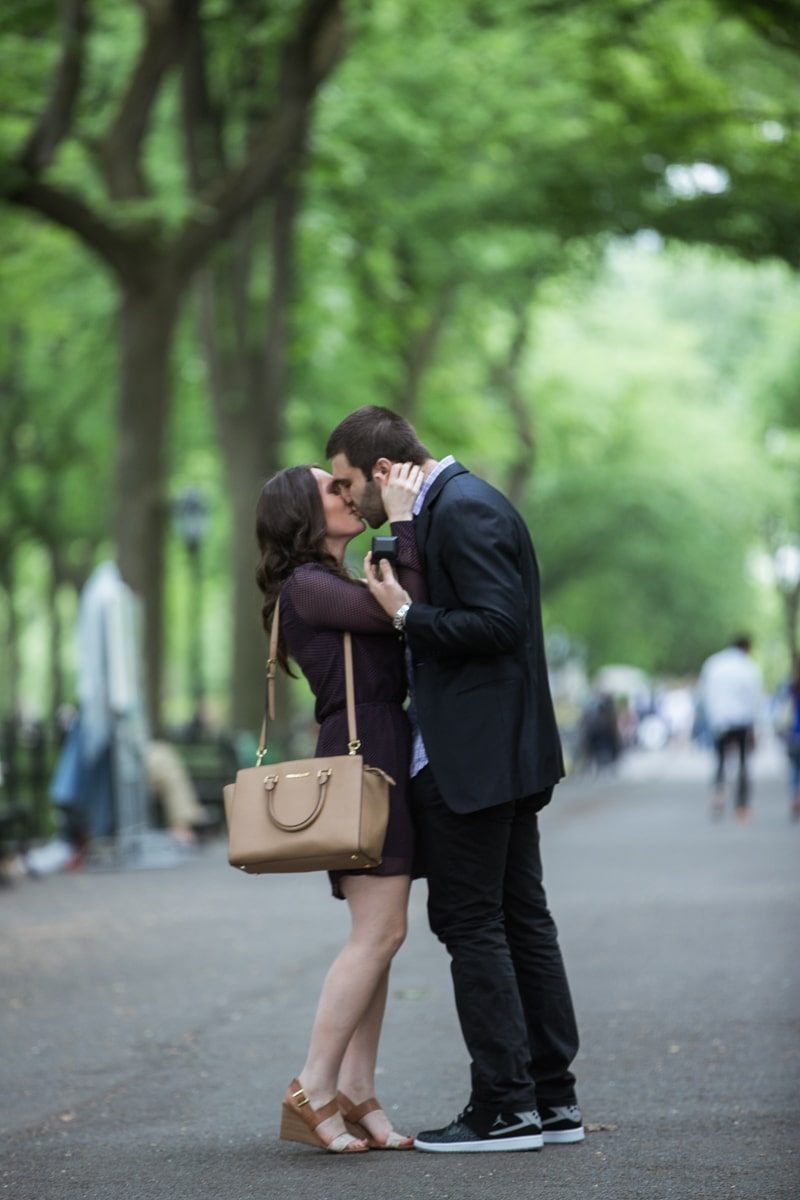Photo 4 Secret marriage proposal in The Mall, Central Park | VladLeto