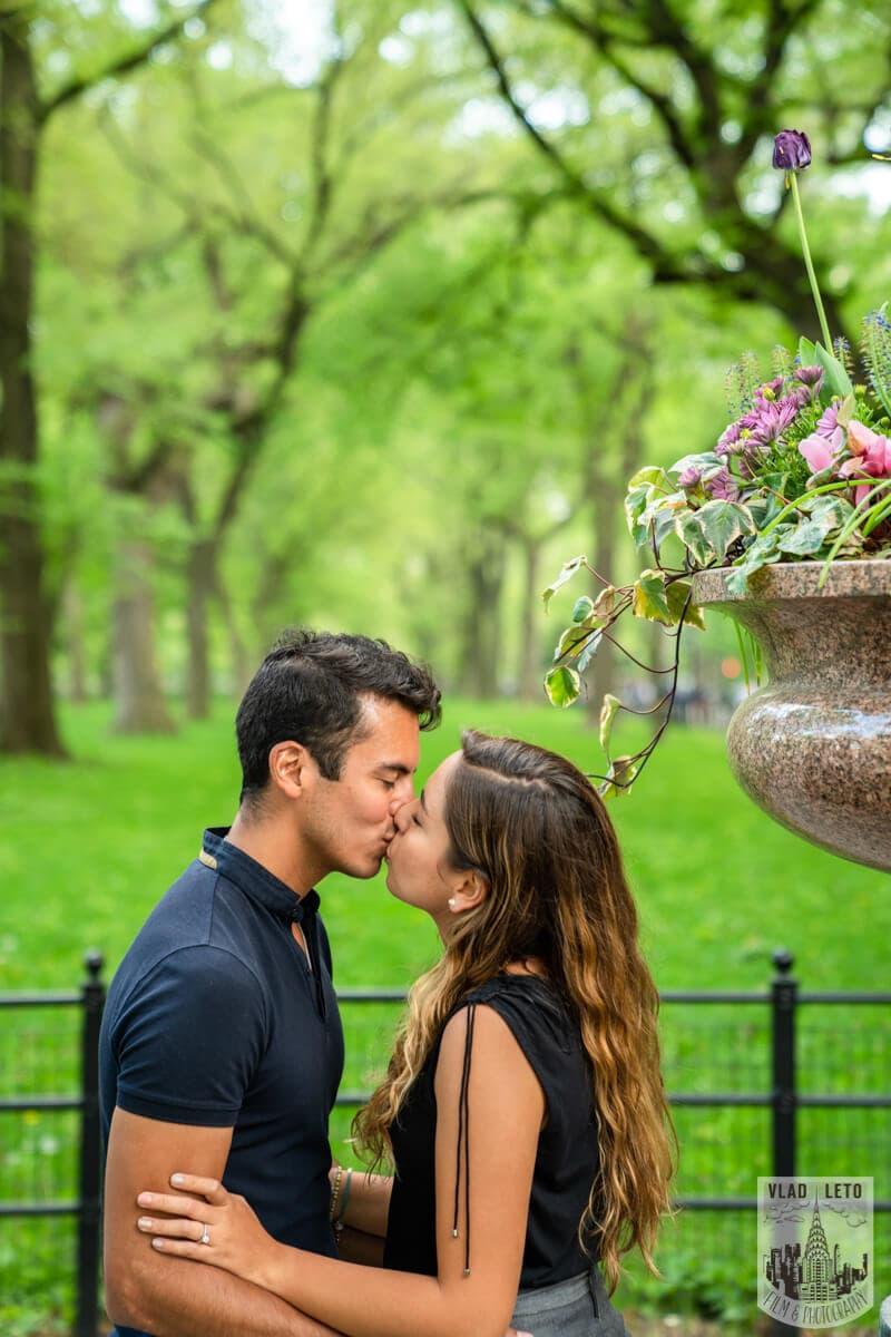Photo 7 Proposal on Bow Bridge Central Park   VladLeto