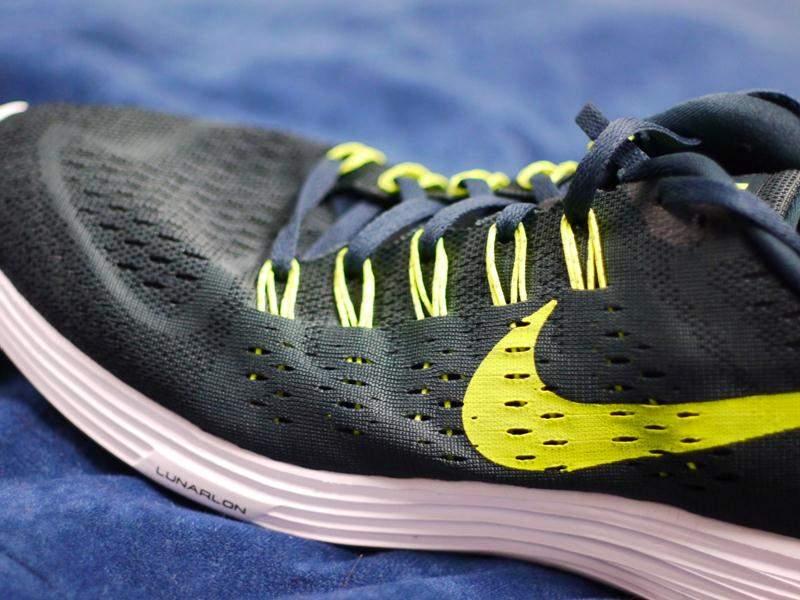 Nike-Lunar-Tempo-Medial-side
