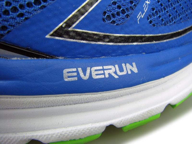 Рис.11 Прослойка Everun лежит над межподошвой, что позволяет ноге находится выше над поверхностью
