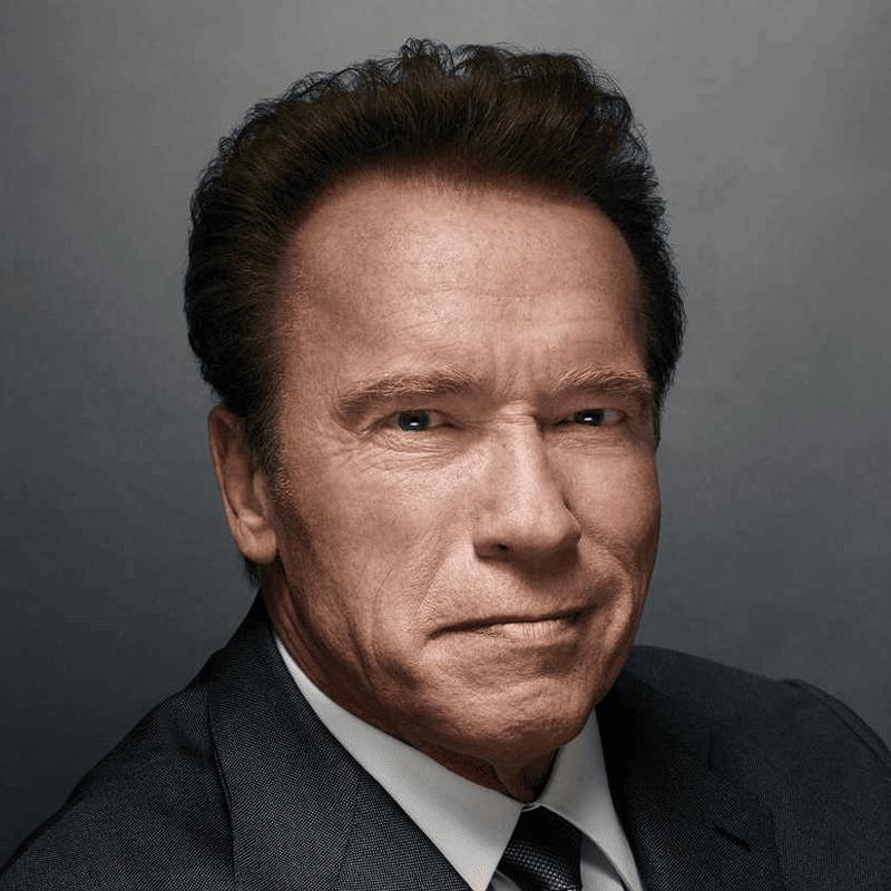 Arnold Schwarzenegger (อาร์โนลด์ ชวาร์เซเน็กเกอร์)