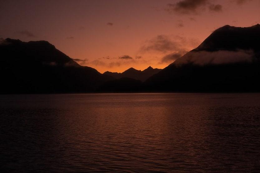 real journeys doubtful sound overnight cruise sunrise