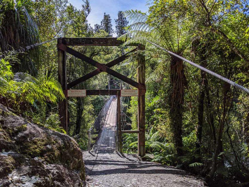 Bridge over Hokitika Gorge on the Hokitika Gorge Walk