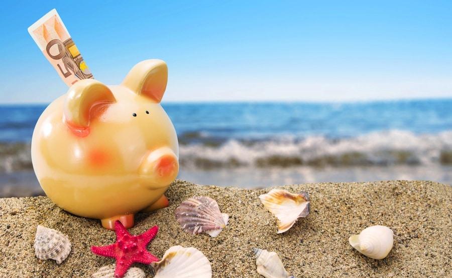 Tee lomabudjetti niin vältyt taloudellisilta yllätyksiltä