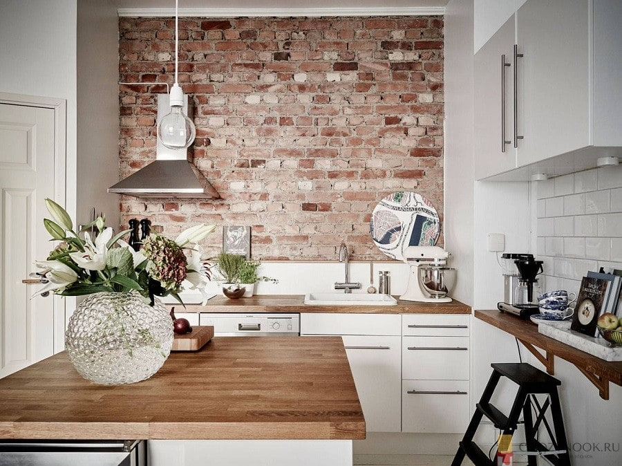 кирпич, стена, без верхних шкафов, навесных, кухня, фото, пример