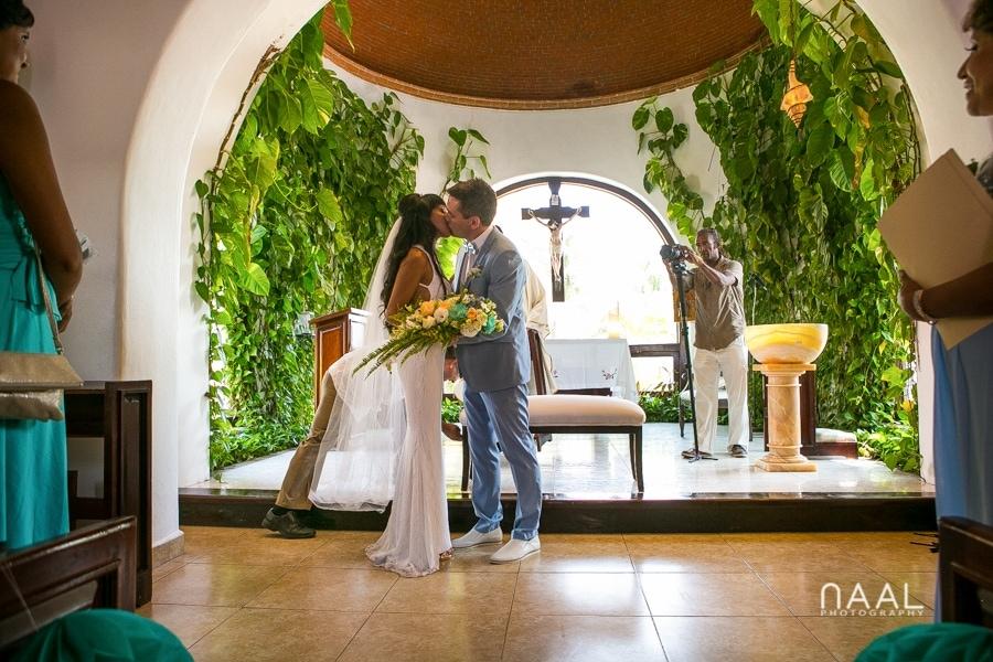 religiuos ceremony Playa del Carmen Naal Wedding Photography