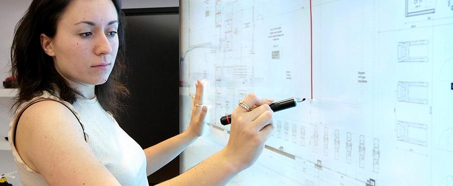 Rejet de la paume de la main sur l'écran interactif SpeechiTouch capacitif