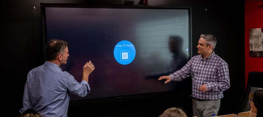 multi-utilisateurs sur écran interactif