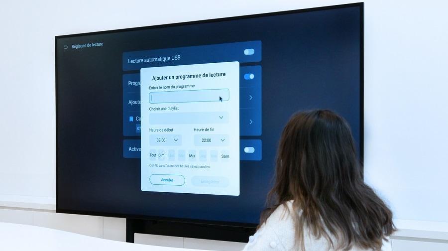 programmation des messages sur un écran d'affichage