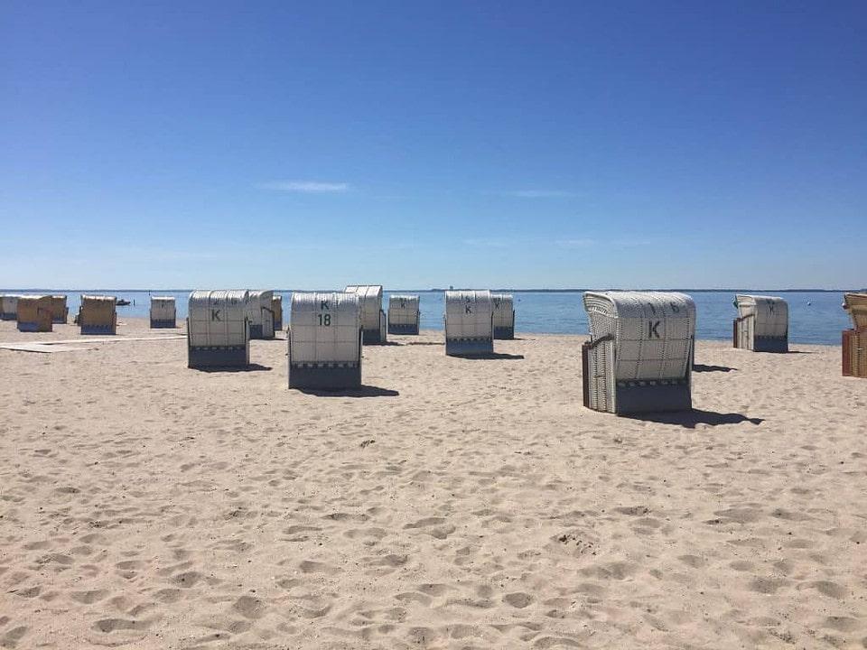 Nord- und Ostsee - Ostseestrand mit Strandkörben