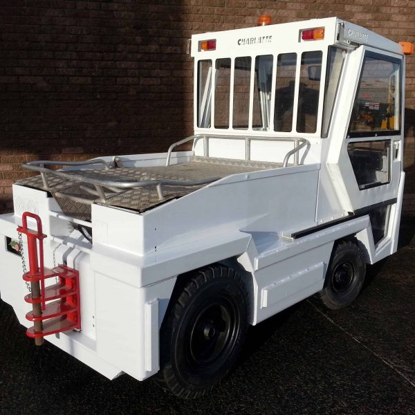 CHARLATTE T135 ELECTRIC BAGGAGE TRACTOR