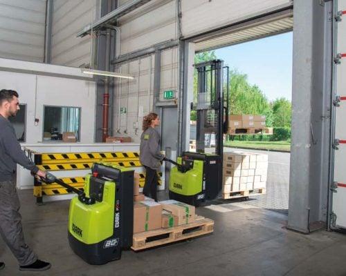 Electric low lift pallet truck PX20 (4)