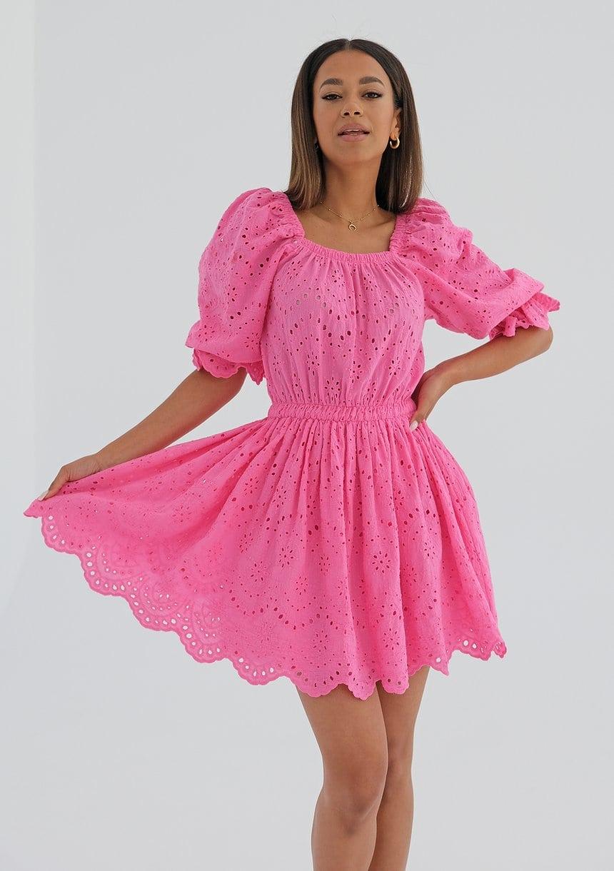 Sukienki: rodzaje i porady - jak dobrać krój do swojej sylwetki?