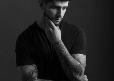 headshot black and white portrait