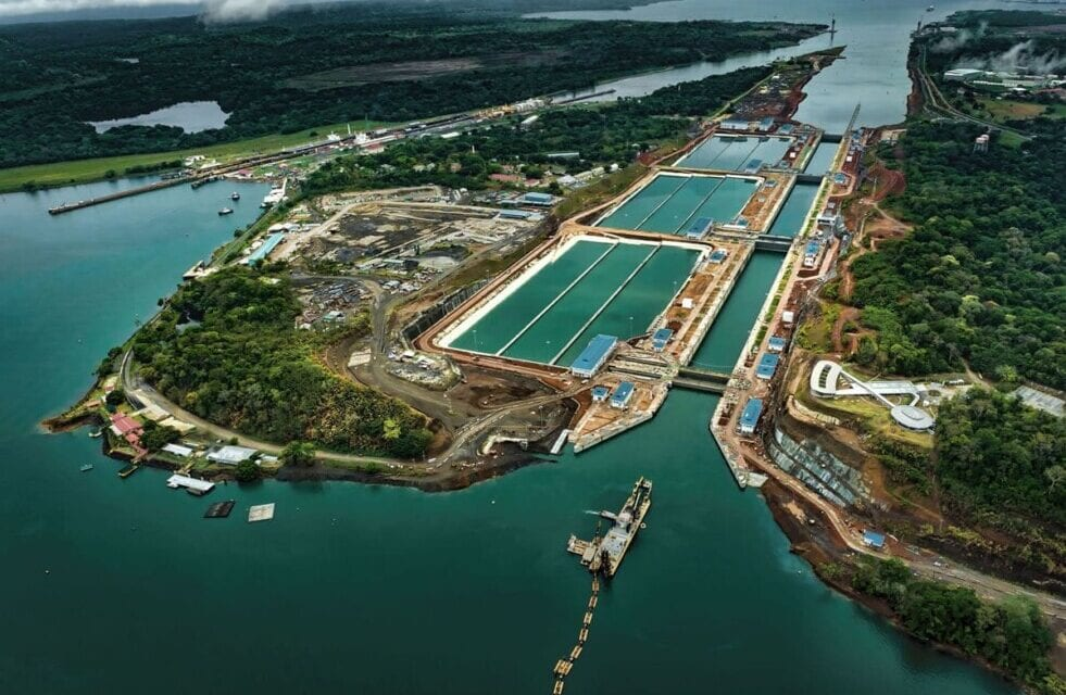 El Canal de Panamá ofrece rutas más cortas para reducir las emisiones de CO2