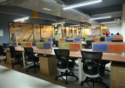 Dedicated-desk1