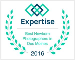 best newborn photographer des moines iowa