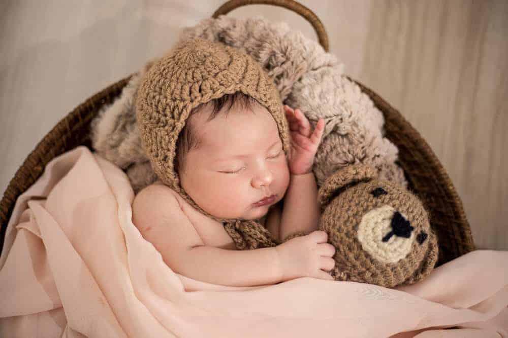 Newborn Photo Ideas with props