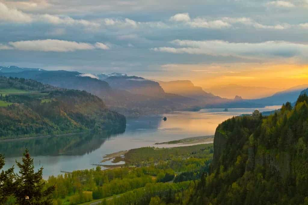 Sunrise over Vista House on Crown Point at Columbia River Gorge.