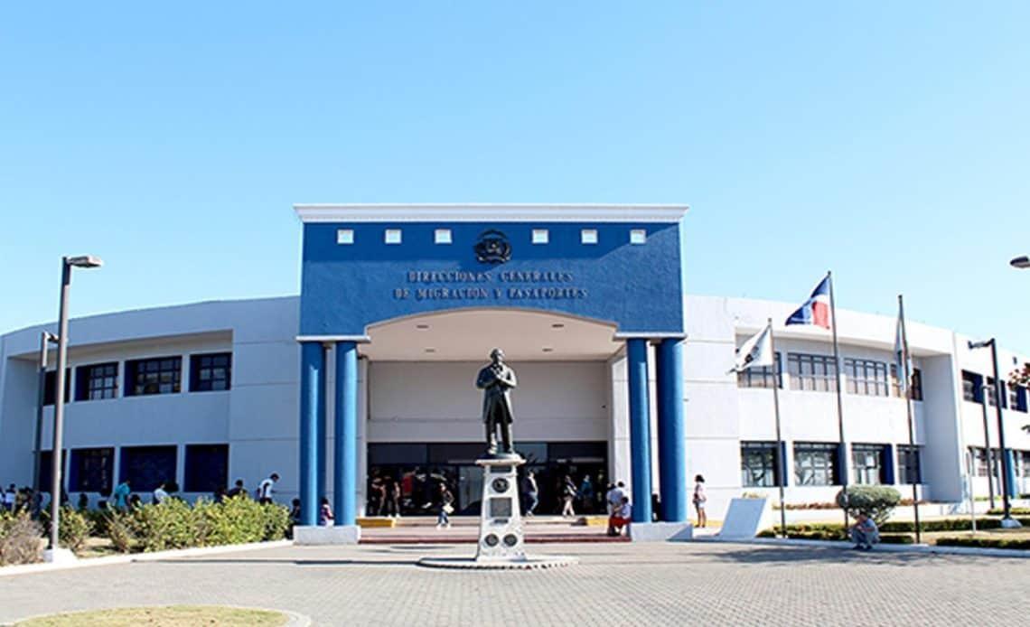 Horario de servicios de Pasaportes se amplía en Sede Central, Santiago, Megacentro y Sambil