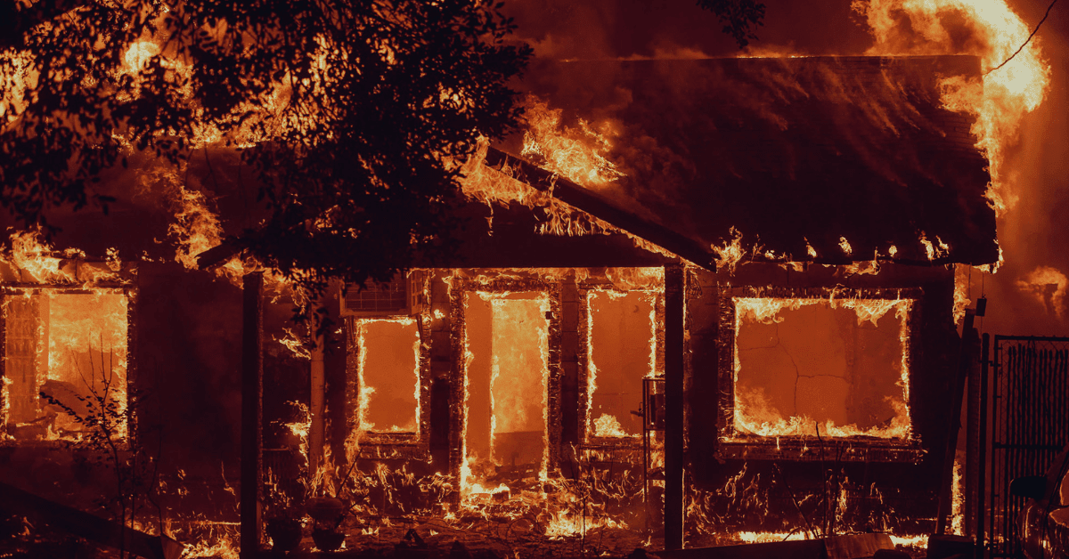 Real Estate Listings and Market Value During Wildfire Season