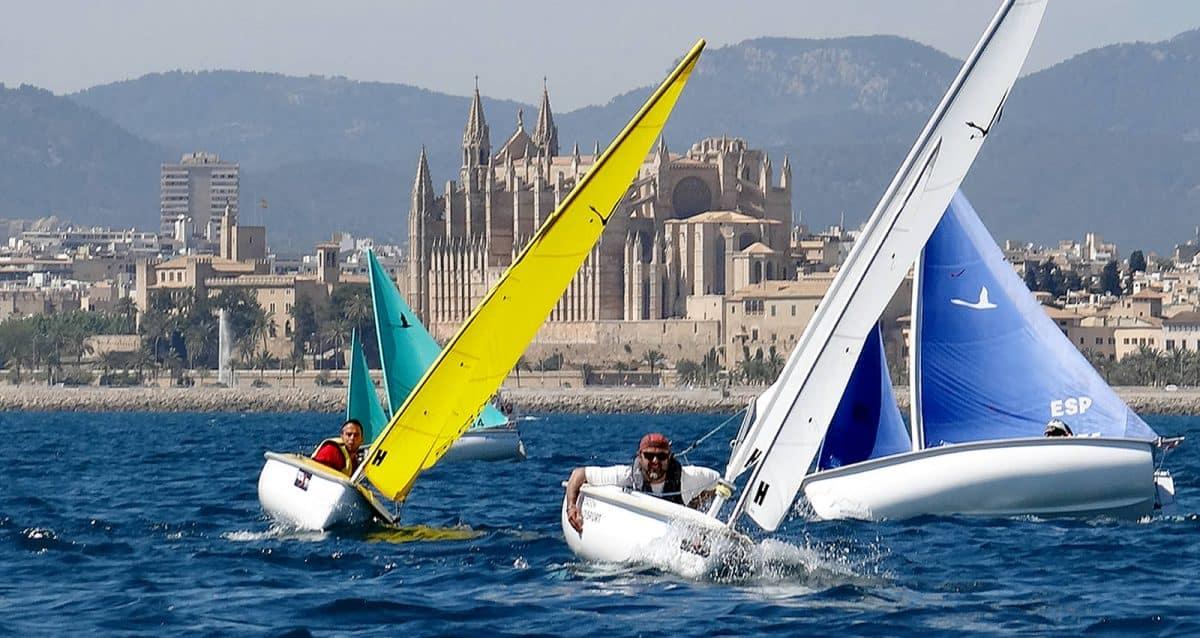Equipo de competición de vela adaptada de la Fundación Tambien.