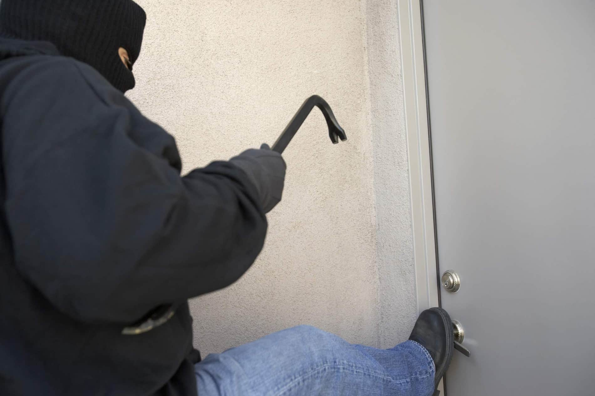 How to Reinforce your Door Entry to Keep Your Home Safe from Burglars