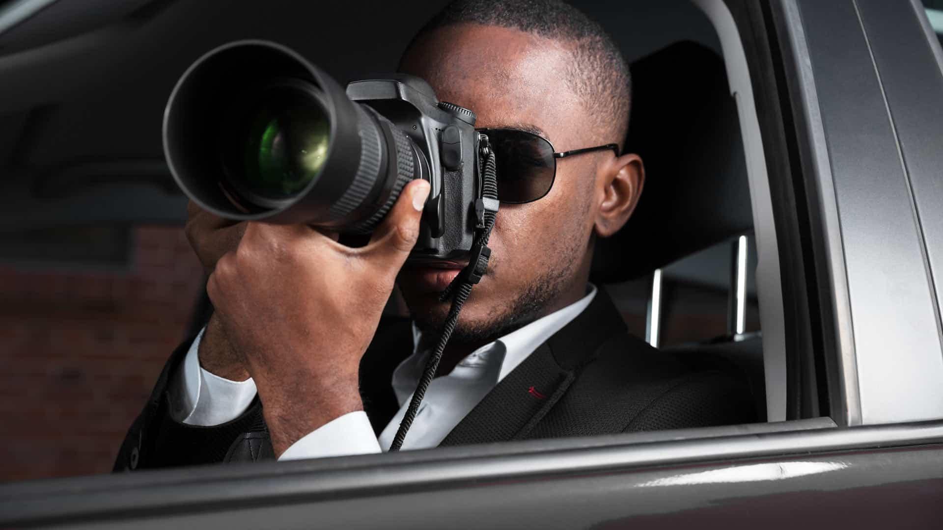 Private Investigator taking photos NYC