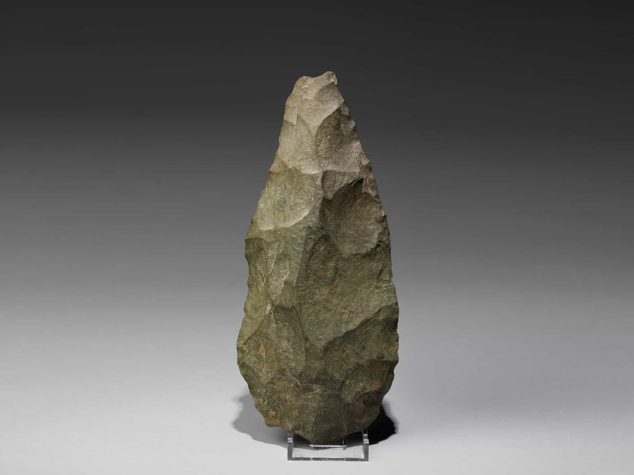 [enable images to see the handaxe]