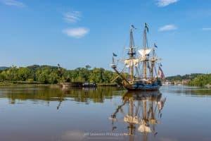 A photo of the Kalmar Nyckel, replica of a 1625 Dutch-built armed merchant ship, as it sails down the Rondout Creek to the Hudson River.