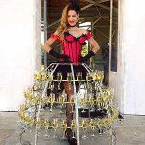 robe à champagne cabaret Burlesque à Bordeaux