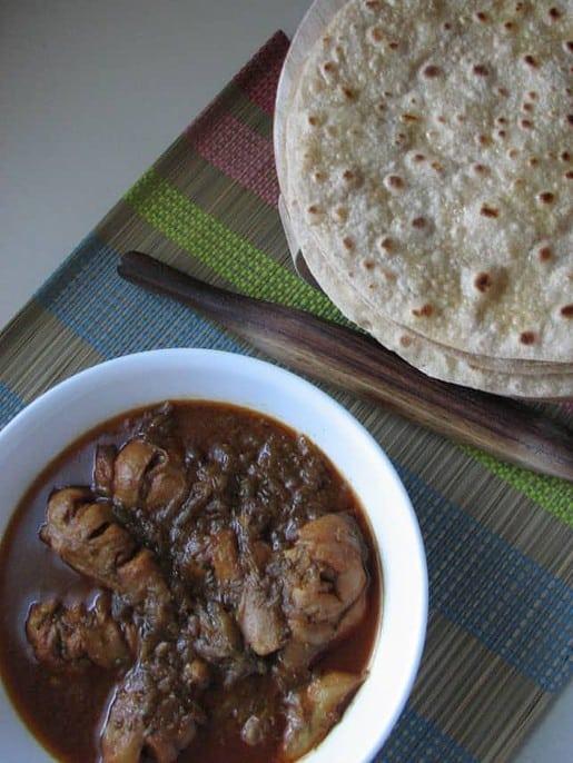 Chicken Roganjosh with Hot Rotis