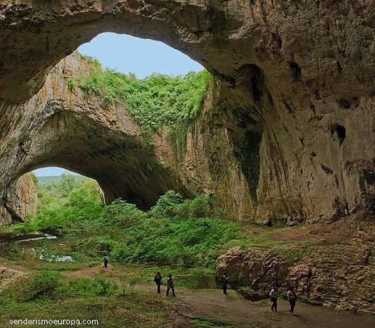 devechaska cueva