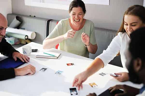 freelancers working together on collaborative projects