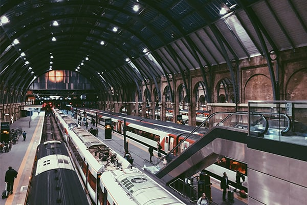 Train station - freelancer guide to travel expenses