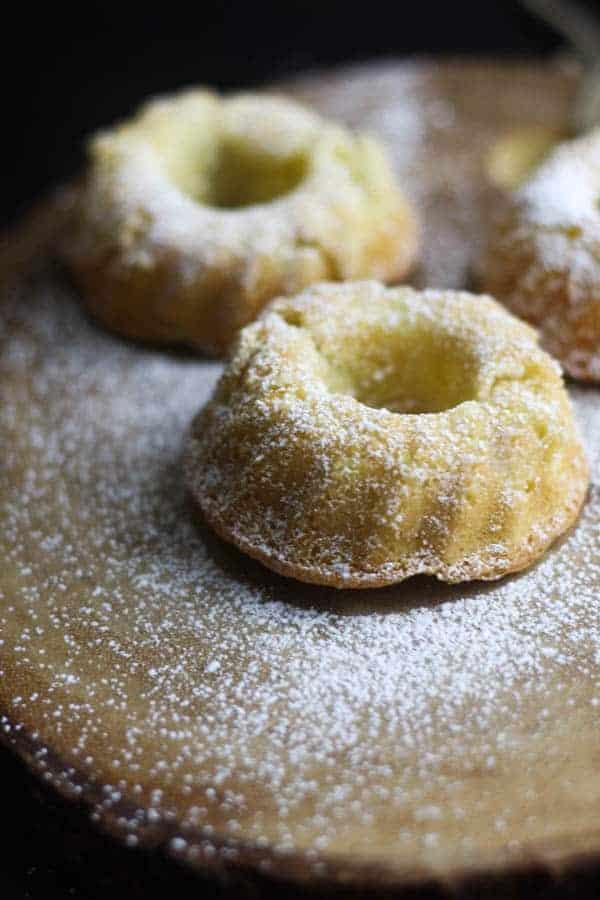 Mini Bundt Cakes that taste like apple pie