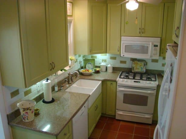 painting raised ranch kitchen cabinets in a bold paint color