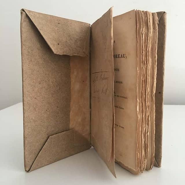 RareBookAuctionValue