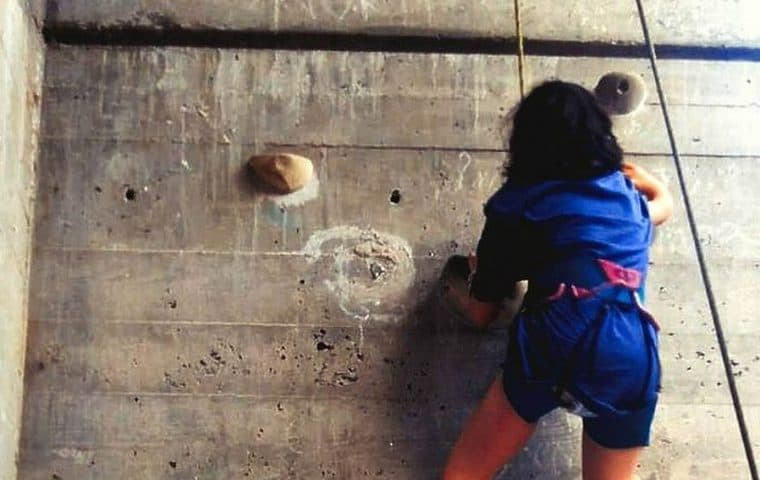 Iniciación a la escalada adaptada indoor en la Fundación También