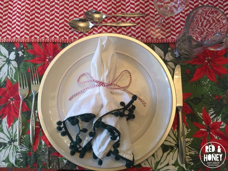 How to Set a Beautiful Holiday Table on a Tight Budget - R&H1