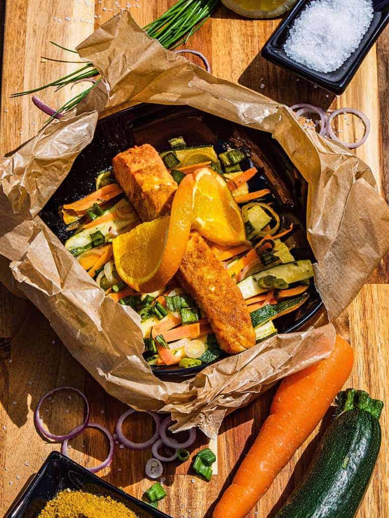 Curry Ananas Lachs auf Frühlingsgemüse mit der Kochbox