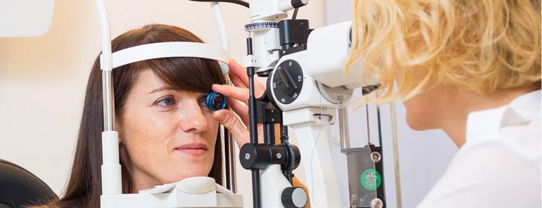 Augenuntersuchung Augenarzt Wien Kontrolle