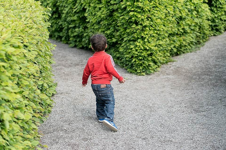 Child choosing the left or right path