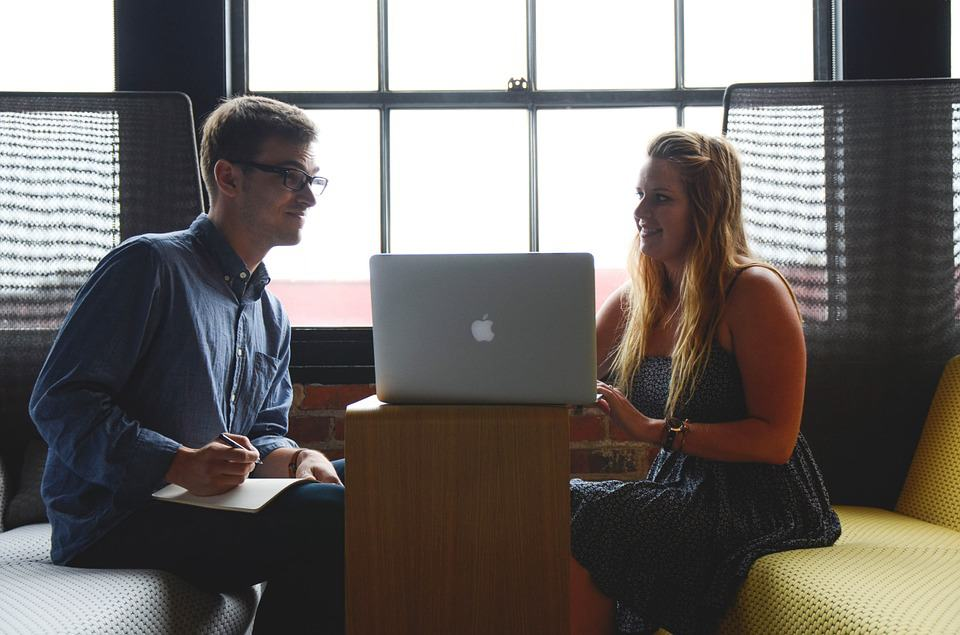 Vor- und Nachteile der Zusammenarbeit von Ehepartnern 1