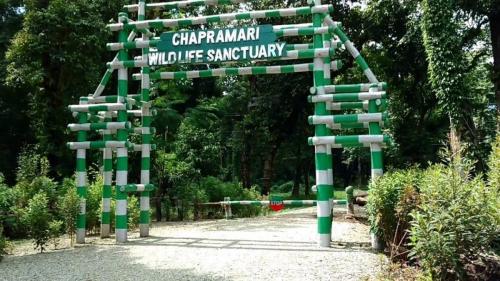 Entrance to Chapramari