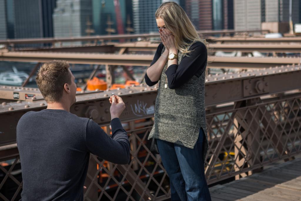 Photo 2 Surprise Wedding Proposal on Brooklyn Bridge. | VladLeto