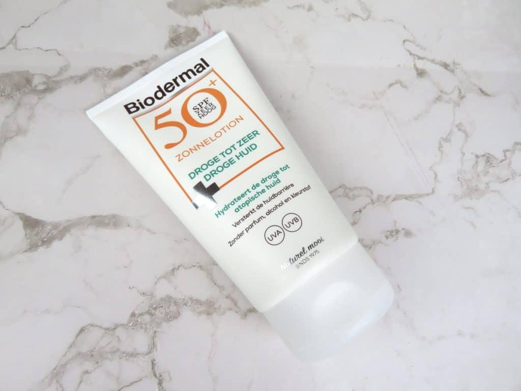 Biodermal zonnelotion droge tot zeer droge huid, hydraterend, kalmerend, zonbescherming, zonnebrandcrème, atopische huid, eczeem, psoriasis, droge huid