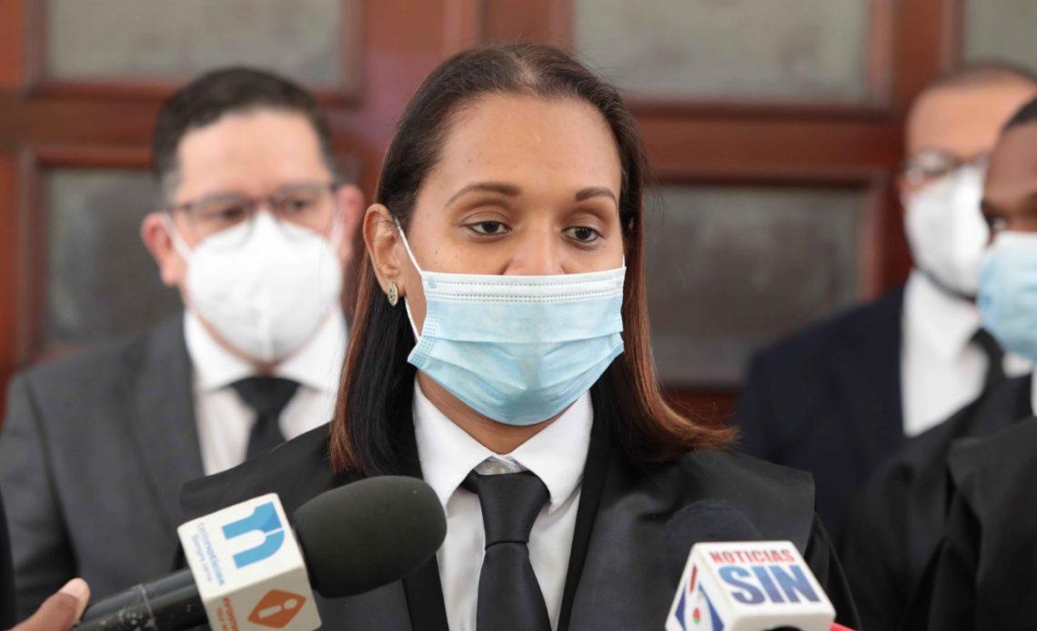 La fiscal Mirna Ortiz reprobó este lunes el discurso de clausura de la defensa del imputado Juan Roberto Rodríguez Hernández, durante el juicio en su contra