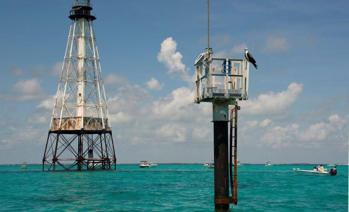 Salvan un histórico faro de los Cayos de Florida de 150 años