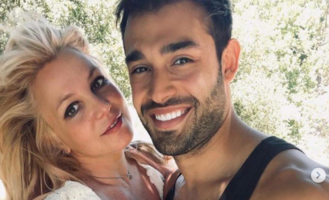 Britney Spears y el modelo iraní Sam Asghari anuncian su compromiso